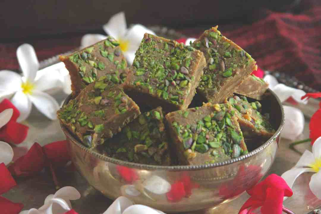 Besan Burfi |8 Indian Sweets Recipes For Diwali