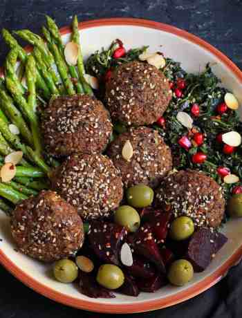 Baked Red Rice Falafels with beetroot hummus