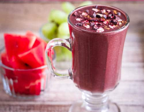 Chocolate Beet Smoothie spinach vegan refined sugarfree healthy breakfast preworkout snack