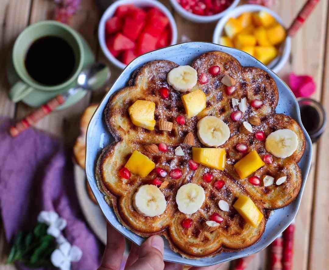 Eggless Classic Waffles ( Vegan) breakfast dairyfree healthy fruits easy recipe