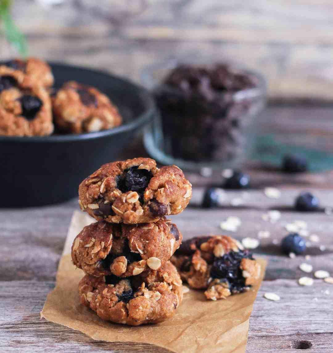 Blueberry Chocolate Chip Cookies wholegrain oatmeal vegan recipe