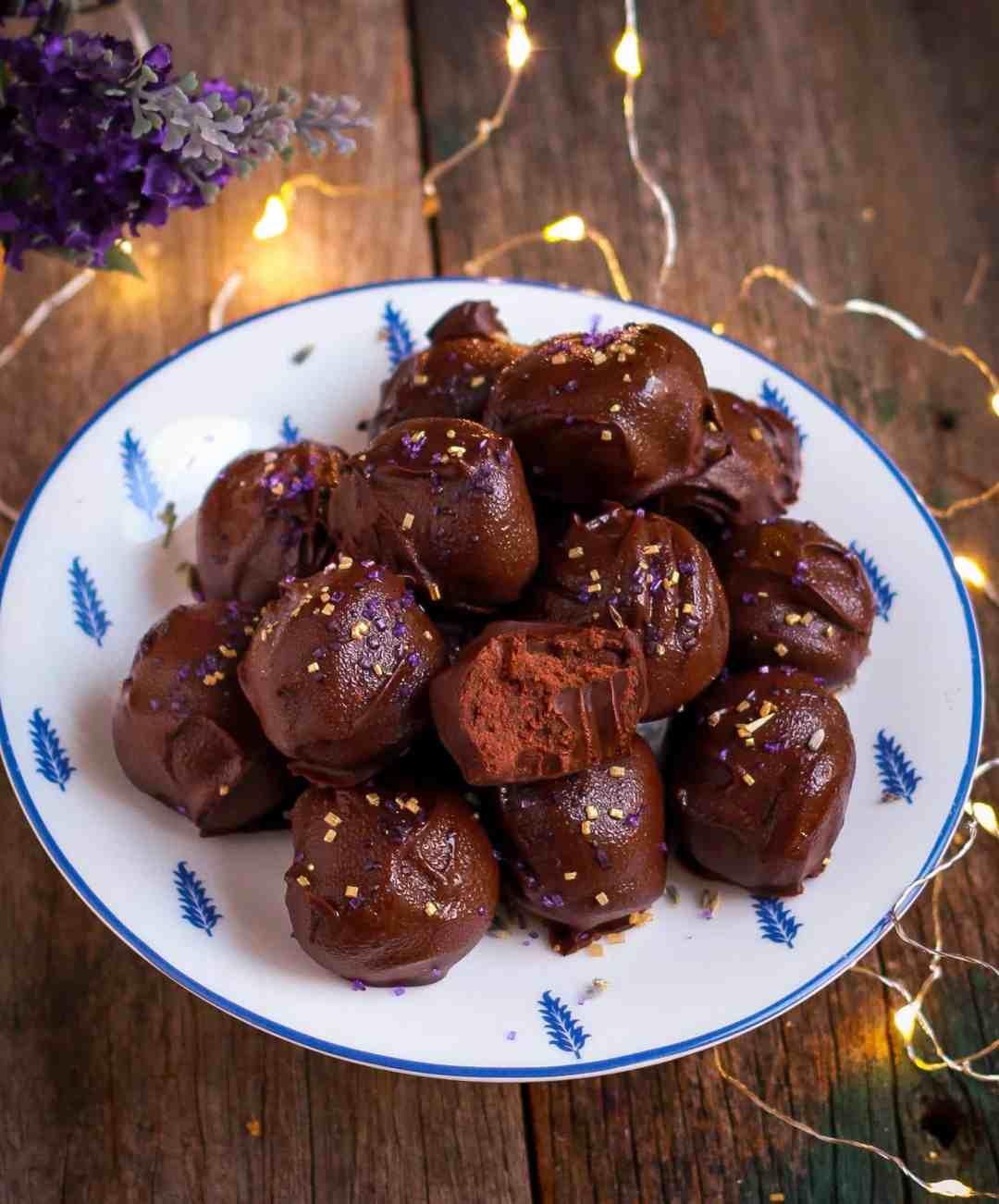 Lavender Chocolate Truffles vegan glutenfree dairyfree no bake recipe