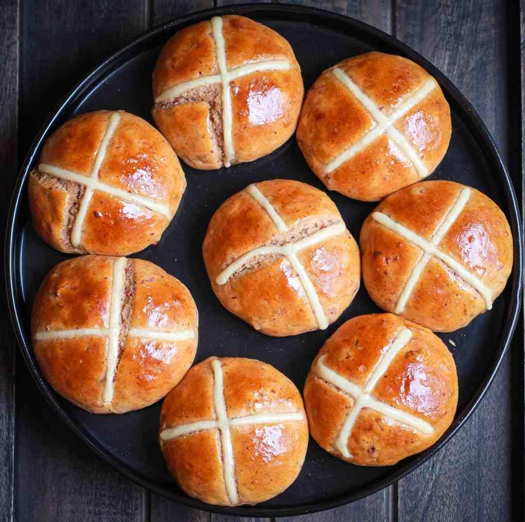 Hot Cross Buns | Vegan Eggless easy Easter recipe