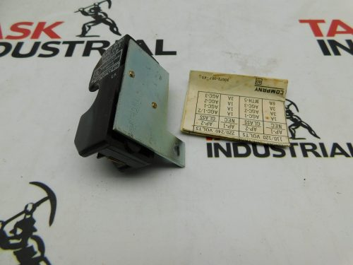 small resolution of square d 77322 fuse block assembly class 9070 type ap 1