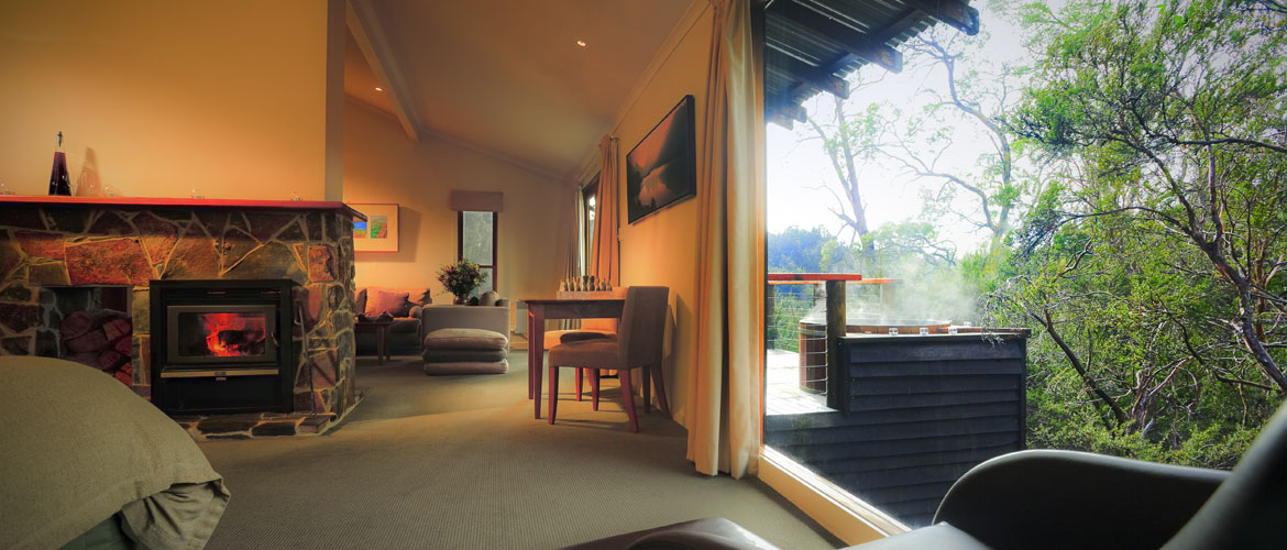 Tasmanian Luxury Accommodation - Peppers Cradle Mountain Lodge