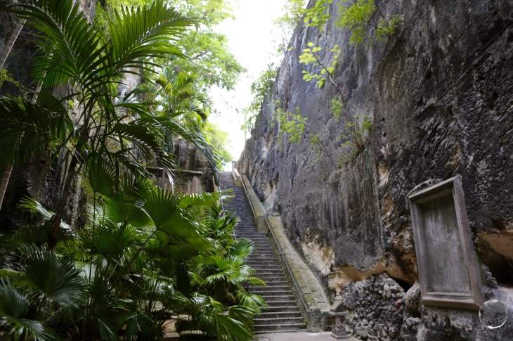 'Queens Staircase', Nassau.