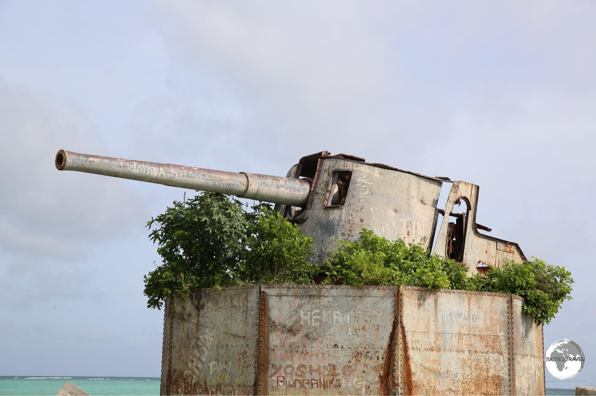 Japanese Artillery installation on Betio Island.