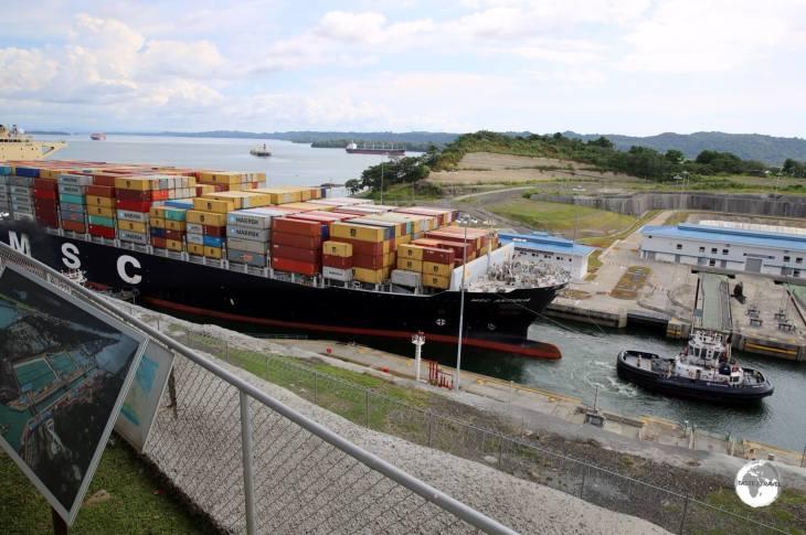 MSC Antigua entering Lake Gatun locks.
