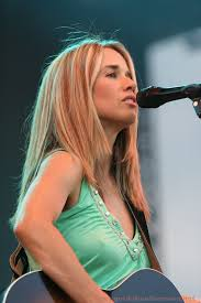 Heather Nova in concert.