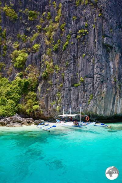 The sheer, limestone uprisings of the El Nido National park provide a dramatic backdrop to turquoise bays.