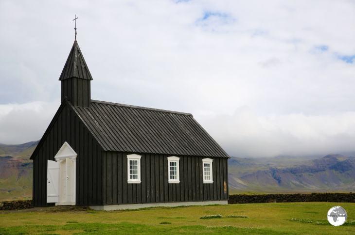 The black wooden Budarkirkja (church) at Budir