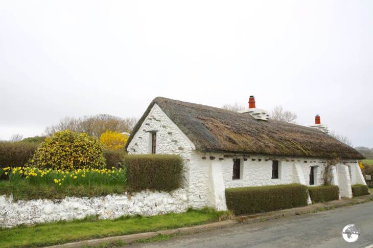 A typical thatched cottage on Cranstal Road, near the northern village of Bride.