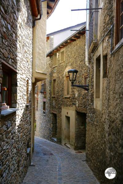 The narrow lane ways of Ordino village.