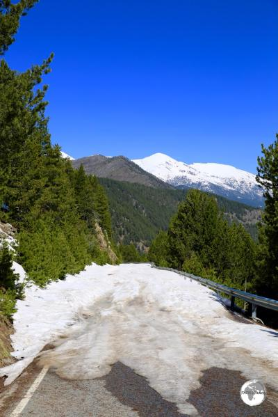 """""""Road Closed Ahead"""". The road on the Spanish side of the """"Coll de la Gallina"""" was impassable."""
