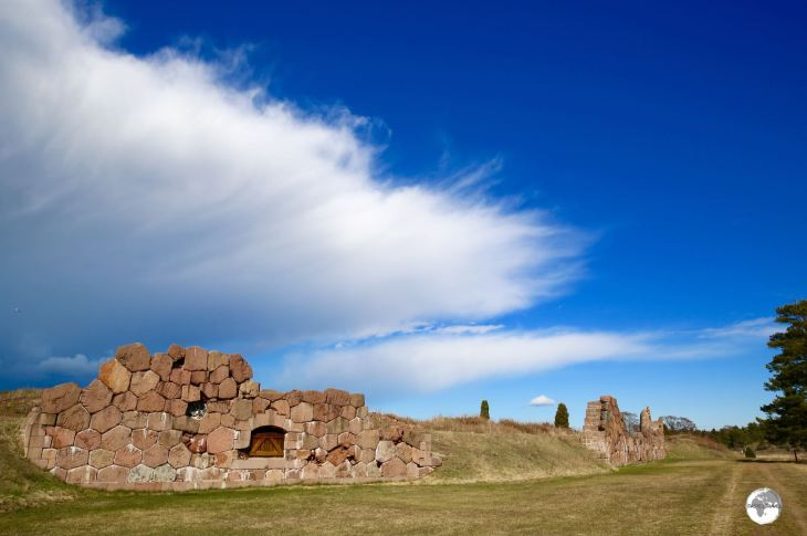 Only partial pieces of the impressive walls which once surrounded Bomarsund fortress remain in place today.