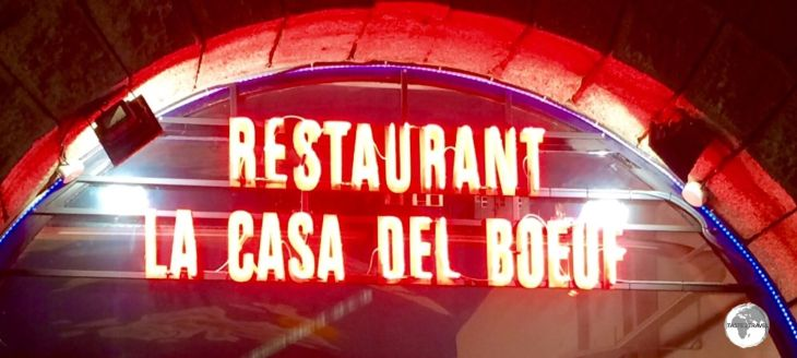 Delicious, good value meals can be found in many restaurants such as the Restaurant La Casa del Boeuf.
