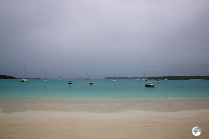 Even on a stormy day, Kuto Bay is still magnificent.