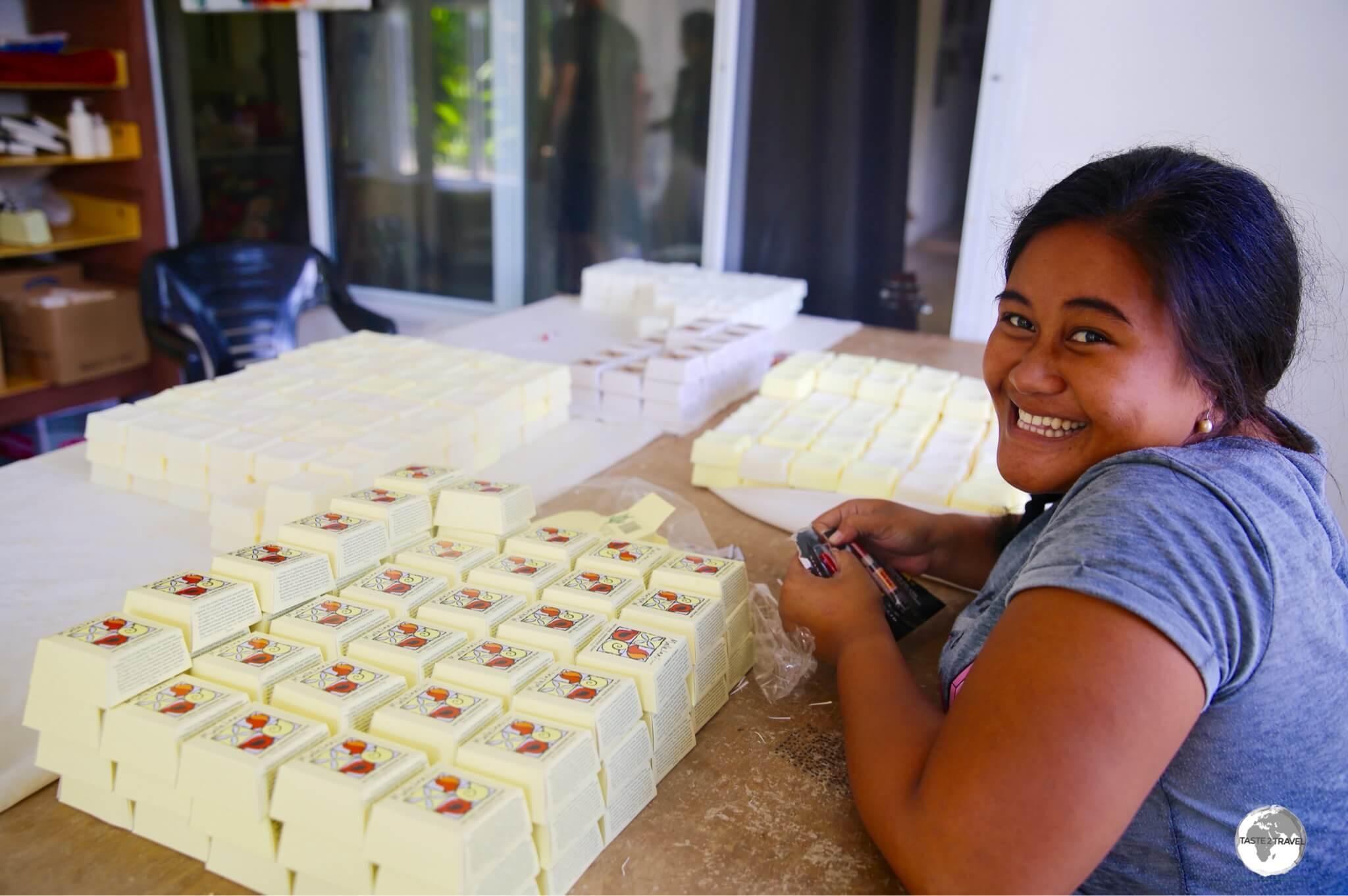 Wrapping fragrant soap at Mailelani Samoa.