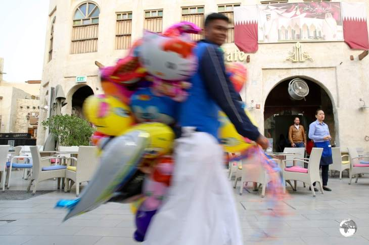 A balloon vendor at Souk Waqif.