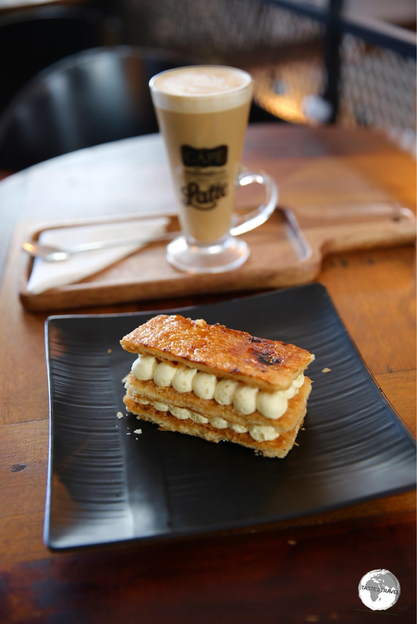 A cafe latte and an amazing 'mille-feuille' at Cafe de la Presse.