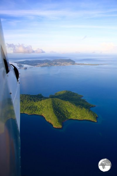 Flying over the island of Chissioua Mbouzi, en-route back to the airport.