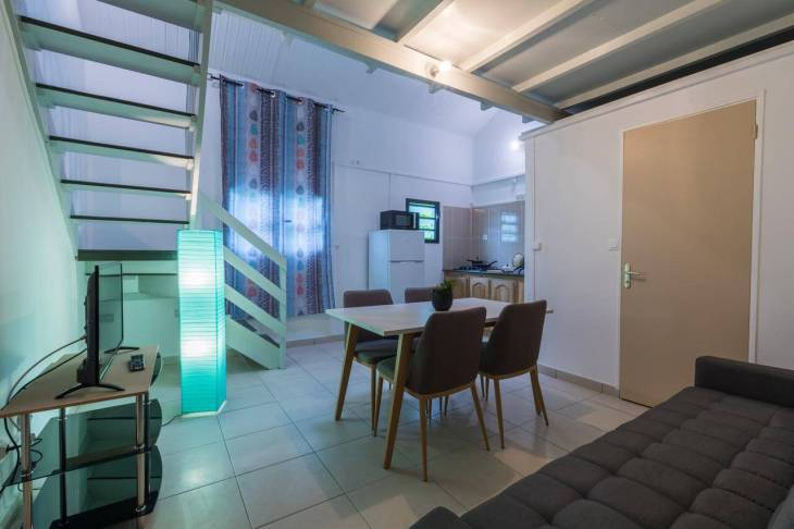 My clean, spacious, comfortable loft apartment at <i>Le Bon Spot Appartements</i> in St. Denis.