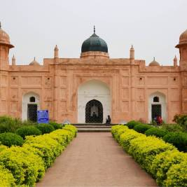 The Tomb of Pari Bibi at Lalbagh Fort in Old Dhaka.