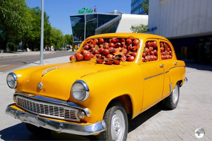 A quirky sculpture dedicated to Almaty – the city of the Apple.