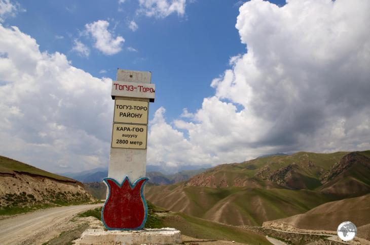 The last pass before reaching Kazarman, the Kara-Koo Pass is located at 2,800 metres (9,186 feet).