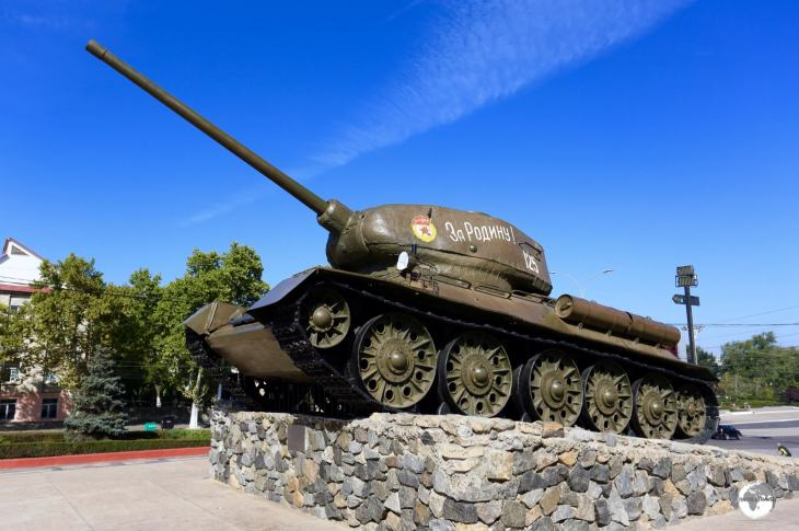 The Tank-34 monument, which features a WWII-era Soviet armoured tank.