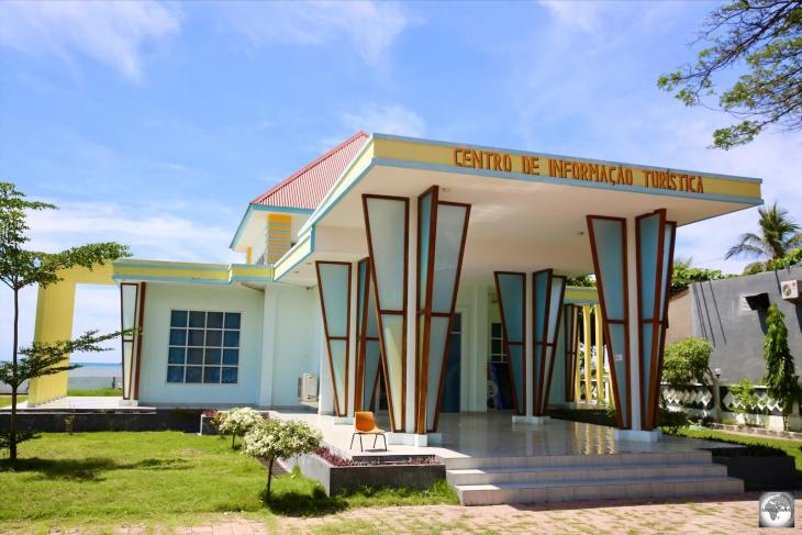 The wonderfully retro 'Centro de Informação Turística' (Tourist Information office), which is located on the waterfront in Dili.
