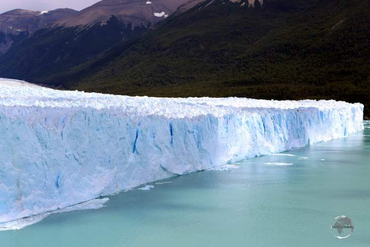 Measuring 5 km (3.1 mi) across, and with an average height of 74 m (240 ft), the Perito Moreno Glacier is the world's third largest reserve of fresh water.