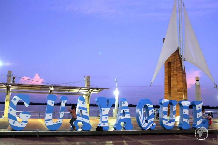 A popular attraction on Malecon 2000 is the large 'Guayaquil' sign.