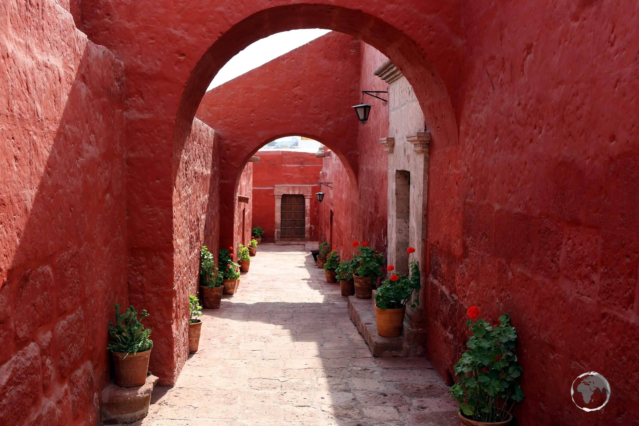 The Convent of Santa Catalina de Siena served as a cloister for Dominican nuns from the sixteenth to the eighteenth centuries, and still houses a small religious community today.