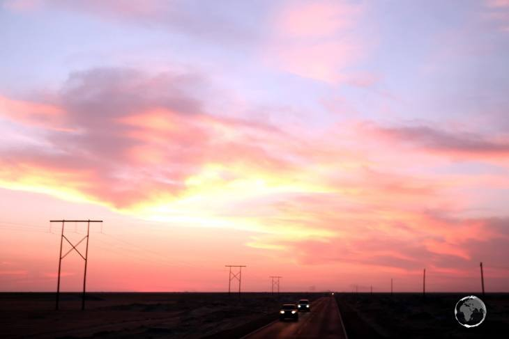 Sunset on the highway between Arequipa and Lima.