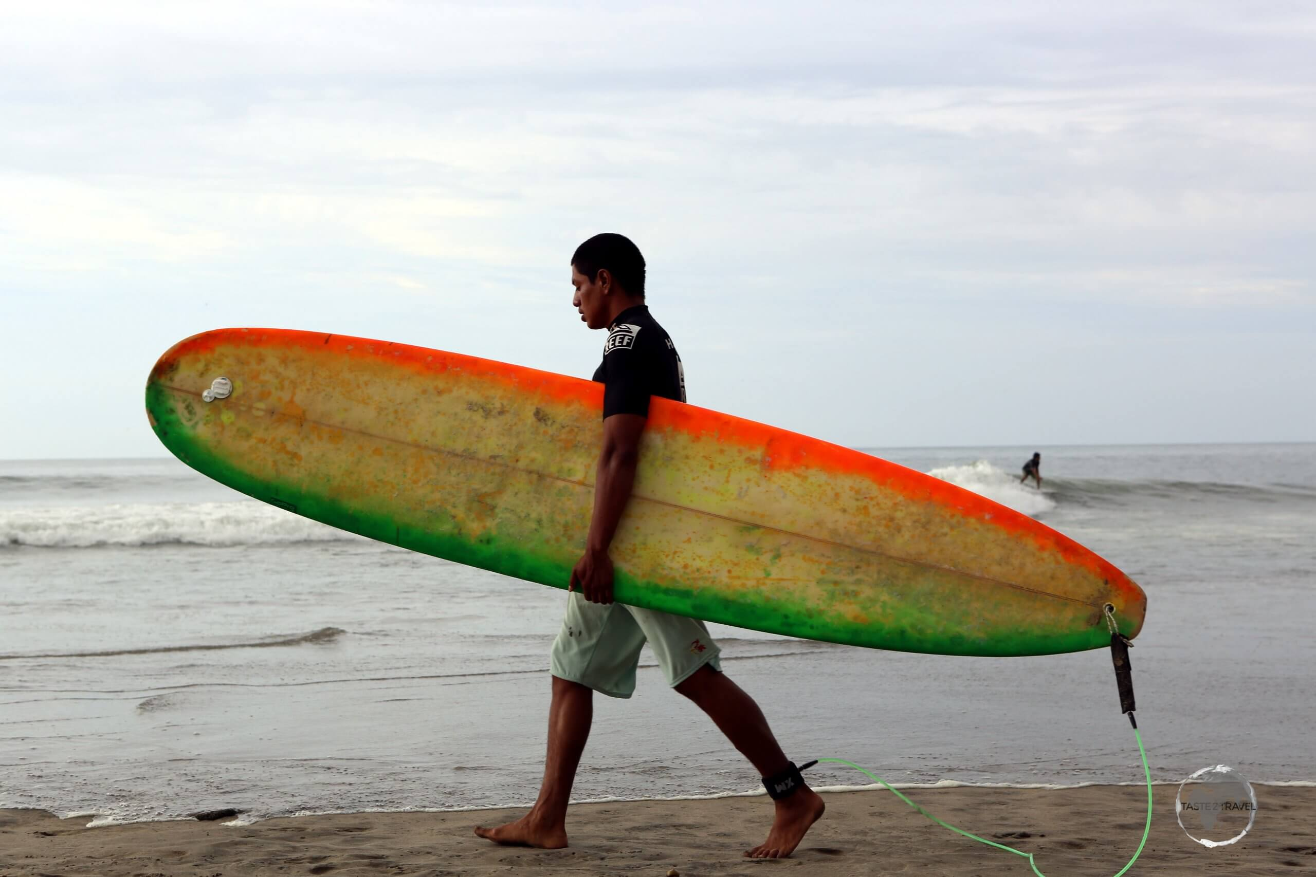 Located on Peru's northwest coast, Máncora is a popular place for Peruvian surfers!