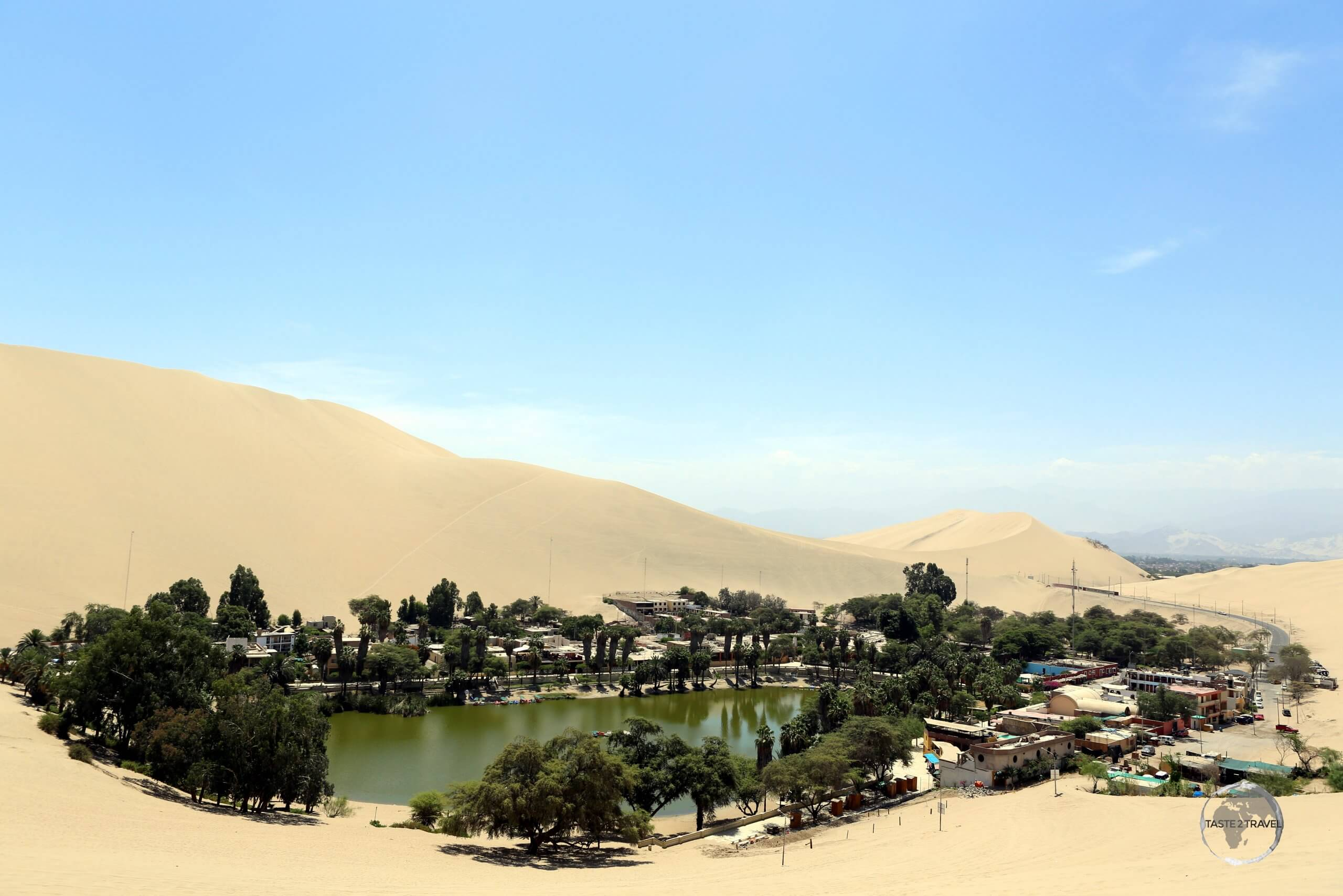 Located 5 km from the southern Peruvian city of Ica, Huacachina is a village built around a small oasis and surrounded by sand dunes.