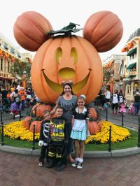 Mickey's Not So Scary Halloween Party - Disneyland: from a ...