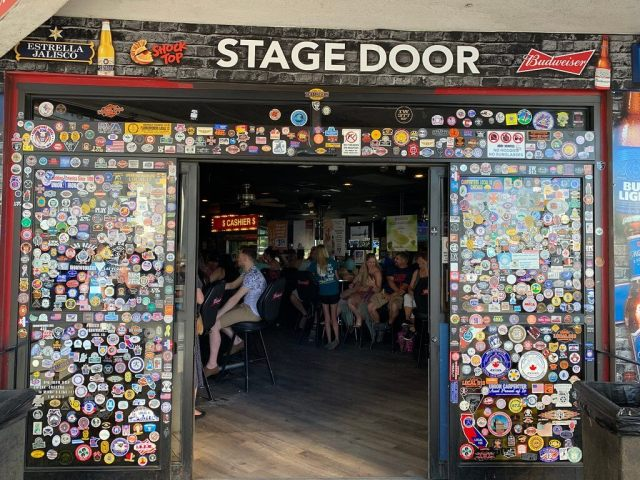 Stage Door, a fun dive bar in a Vegas casino
