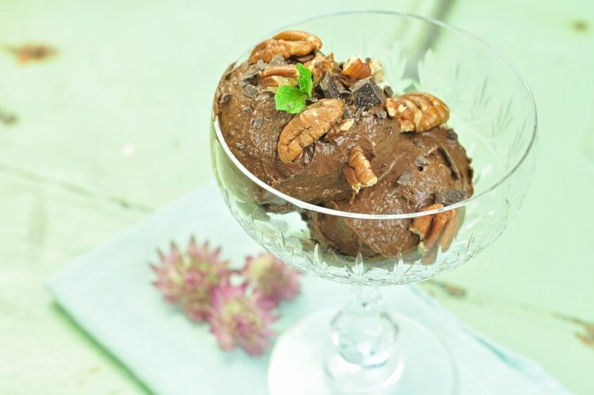 chocolademousse_with_mango_2