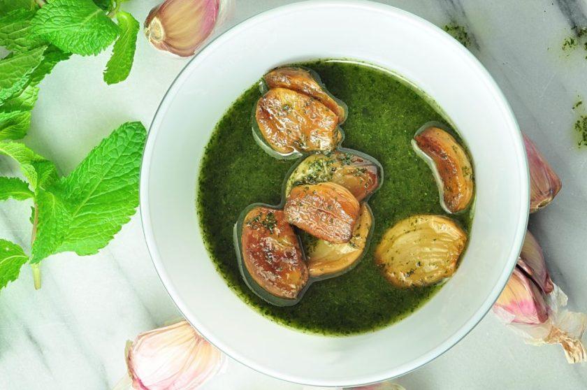 garlic_in_mint_oil_mandelmanns_koksbok