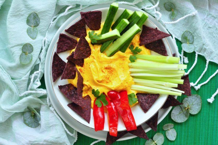 Homemade_purple_corn_crisps_with_cheese_dip_2