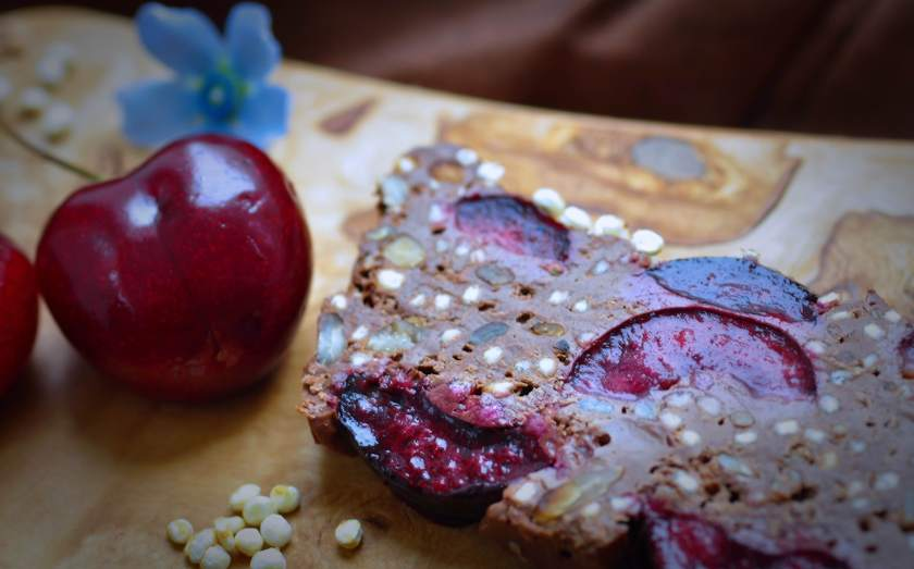 Smooth_chocolate_cake_with_cherries_and_puffed_quinoa_3
