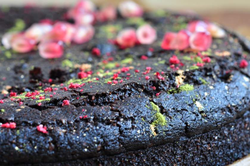 Sticky_chocolate_cake_with_chestnut_flour_3