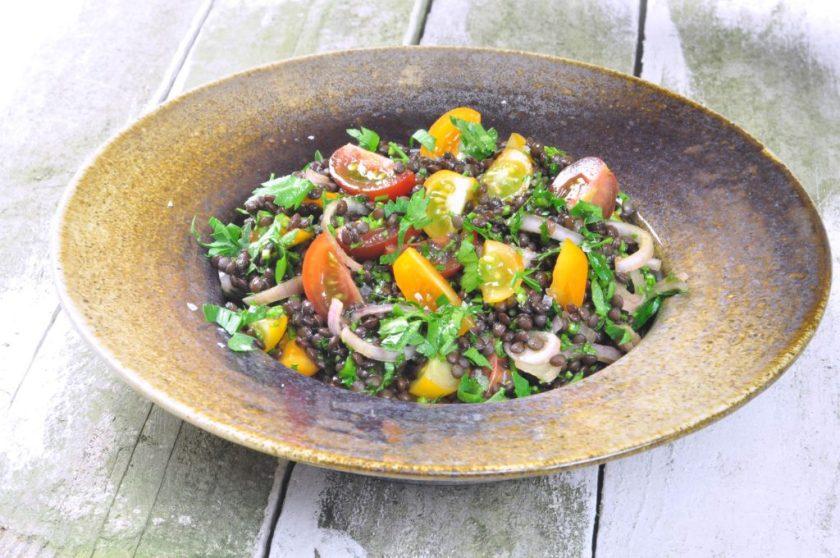 Crunchy_beluga_lentil_salad