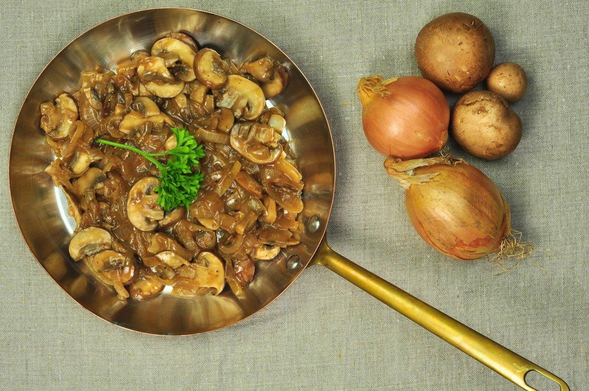 Mushroom_sauce_with_oatcream