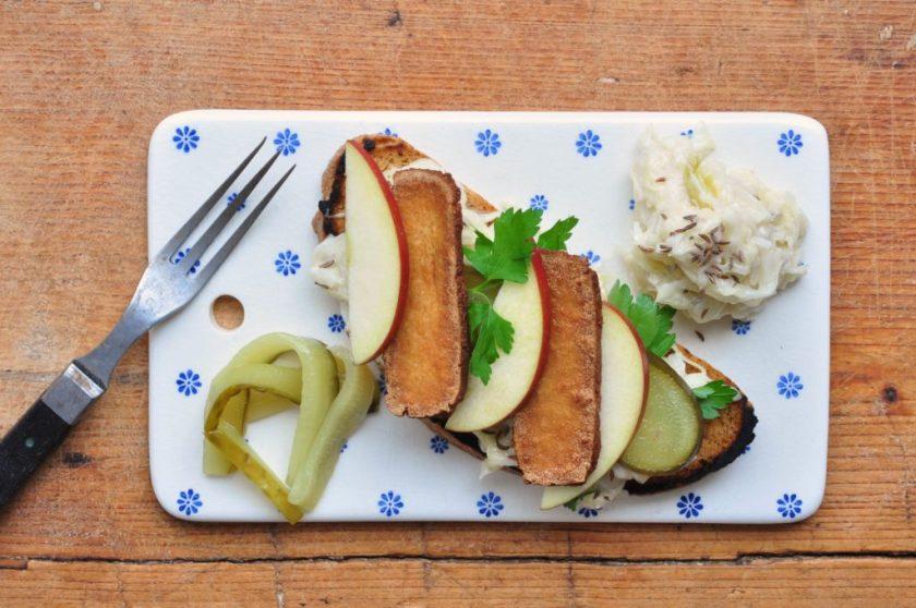 Veggie_Reuben_sandwich_a_la_Isabel_2