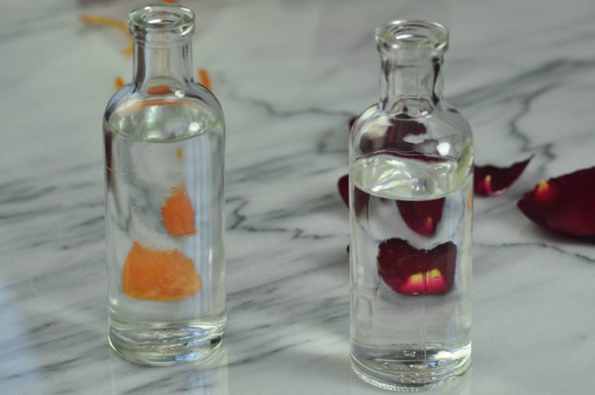 Orange_blossom_and_rose_water_2