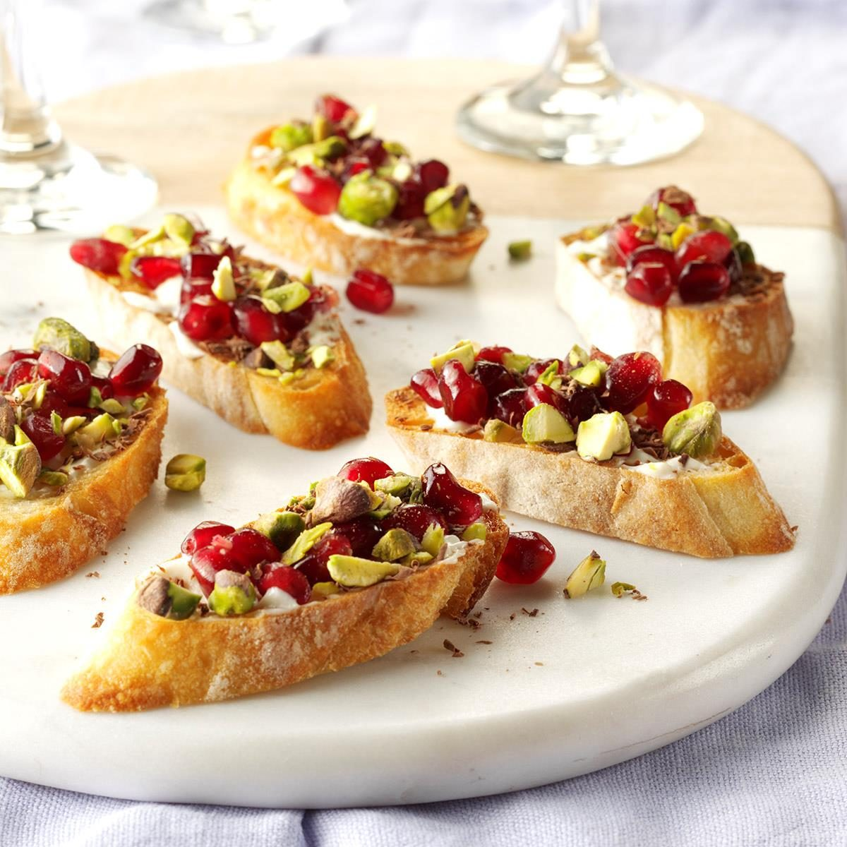 40 Easy Christmas Appetizer Ideas Perfect for a Holiday Party  Taste of Home