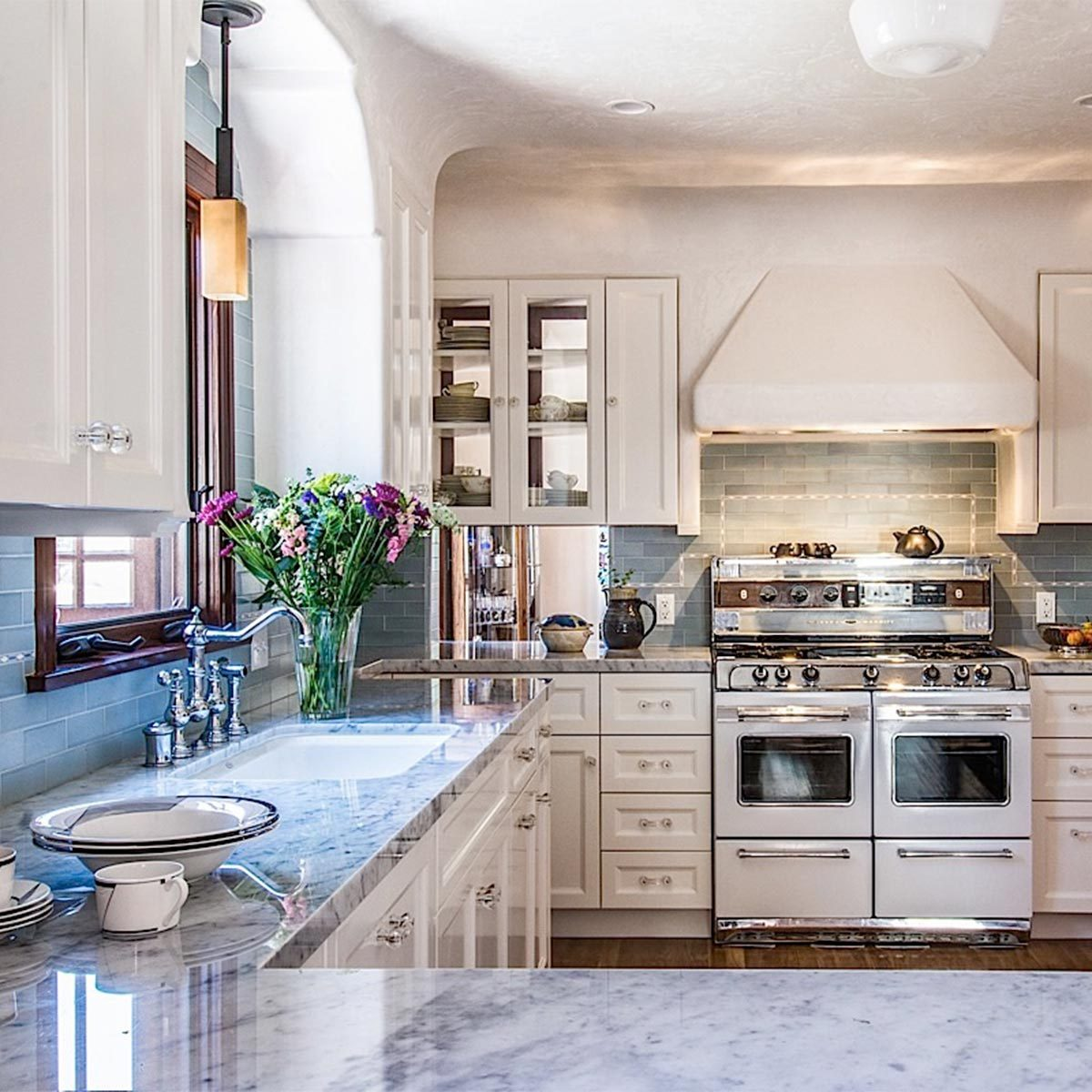 18 Incredible Kitchen Remodeling Ideas   Taste of Home